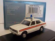 Morris Marina-Cheshire Oxford Diecast Modelo de coche de la policía. 1/76 Dublo