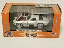 M2 DETROIT-MUSCLE COLLECTABLE DIECAST  CHASE 1967 CORVETTE STINGRAY 1 of 492
