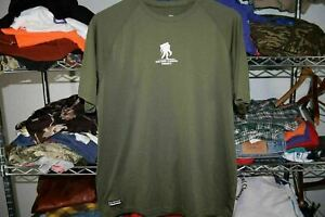 Wounded Warrior Project BARBELL CLUB Under Armour t shirt Large golds gold's gym