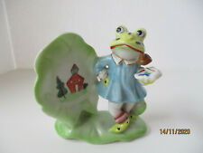 Vintage Frog Figurine Painting A Picture Of School & Trees, Excellent Condition