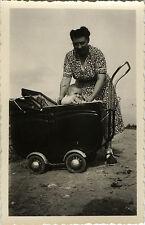 PHOTO ANCIENNE - VINTAGE SNAPSHOT - ENFANT LANDAU BÉBÉ DRÔLE - BABY CARRIAGE
