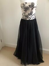 JACQUES AZAGURY MONOCHRONE (B/W) FULL LENGTH EVENING GOWN SIZE 10/12 RED CARPET