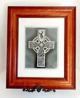 Framed Bill Healy Master Crystal Artist Hand Carved Glass Celtic Cross