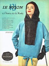 Publicité advertising 118   1958   vetements ski Nylon anorak  parka fuseau