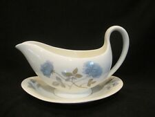 Wedgwood - ICE ROSE R4306 - Gravy Boat and Stand