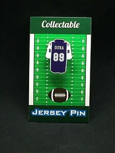 Dallas Cowboys Mike Ditka jersey lapel pin-Classic throwback Collectable