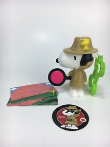 """McDonald's Happy Meal Toys Peanuts Snoopy 4"""" Toy Figure"""