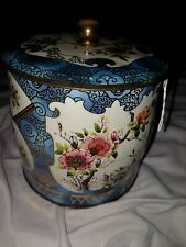The Box Company Designed by Daher N.Y Made in England Fans & Flowers Canister