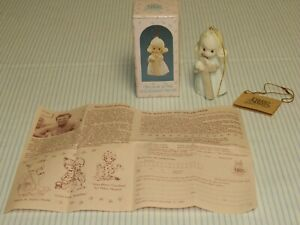 1989 Precious Moments I Believe In The Old Rugged Cross Ornament in Box 522953