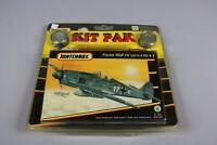 ZF595 Matchbox 1/72 maquette avion 40051 Focke Wulf FW 190 A-4 peinture pinceau