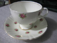 OLD ROYAL ENGLAND FINE BONE CHINA CUP & SAUCER #2881 PINK ROSES GOLD TRIM