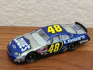 2006 Cup Champion #48 Jimmie Johnson Lowe's 1/64 NASCAR Diecast Loose