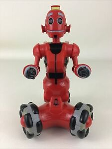 Tri-Bot Red Robot Talking Interactive LED Poseable Body 2007 WowWee Robotics Toy