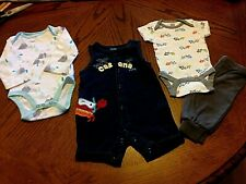 Unisex (4) Piece Sz 0-3, 2 Bodysuits, 1 Romper And 1 Pr Of Little Pants. Blue,
