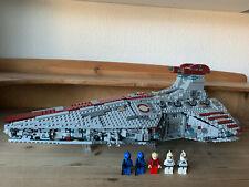 LEGO StarWars Venator-Class Republic Attack Cruiser - MOC - based on SET 8039