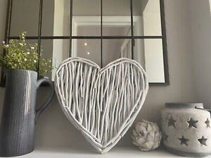 Large White Twig Heart Home Décor Bedroom Wall Art Rattan Wicker