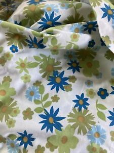 Vintage 70's Floral Twin Flat  Blue Green Flowers