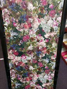 Passepartout, Deep Green, Bold Floral, Textured Wallpaper