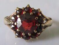 Vintage 9ct yelow gold multi garnet round flower cluster ring size K 1/2 (3.3g)