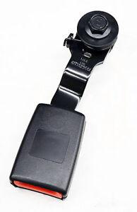GM OEM Second Row Seat Belts-Center Buckle Left 19301276