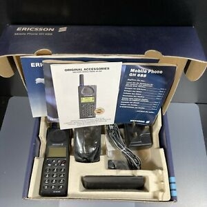 ERICSSON GH 688 VINTAGE CELL PHONE GSM with Box manual untested as is