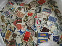 CANADA colossal mixture (duplicates,mixed cond)10000 laid out35%comems,65%defins