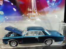 JOHNNY LIGHTNING 65 1965 PONTIAC GTO HOLIDAY CLASSIC CHRISTMAS TREE ORNAMENT CAR