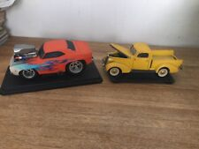1:18 Muscle Machines Orange Musclecar And Yellow Truck