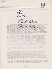 """SIGNED MICHAEL DOUGLAS 3 PAGE SYNOPSIS 1979 MOVIE """"RUNNING"""" RARE!"""
