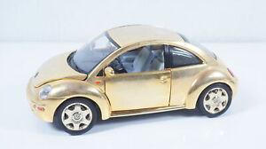 1:18--BBURAGO--VW New Beetle GOLD  / 34 B 007