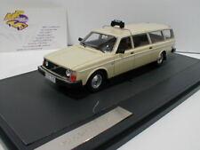 Matrix 12106-052 # Volvo 245 Transfer Taxi  Baujahr 1978 creme weiß 1:43  NEU !!