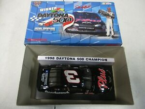 Action 1998 Dale Earnhardt GM Goodwrench Daytona 500 1/32