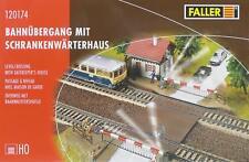 Faller 120174 H0 - Bahnübergang mit Wärterhaus NEU & OvP