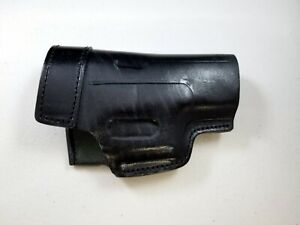 Armadillo Holsters Inc. Black Leather OWB Belt Holster for Glock 19  ARM1B-19