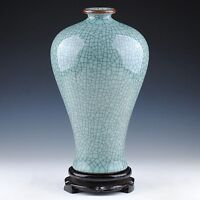 China Jingdezhen Collection Traditional handicraft Celadon Crackle Antique vase