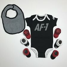 Nike Infant AF1 Air Force 1 5 Piece Set Bodysuit Bib 3 Sets Booties 0-6M Black