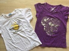 LOT DE 2 T-SHIRTS SMILEY & GIRLY FILLE TAILLE 10 ANS, NEUFS