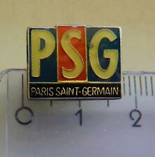 PSG Paris Paris Saint Germain vintage crest badge pin anstecknadel