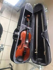 1/2 Violin Shroeder#100-instrument,case,bow and free new strings