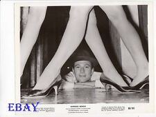 Laurence harvey ladies legs VINTAGE Photo Expresso Bongo