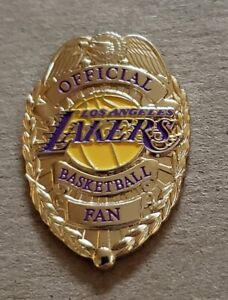 LOS ANGELES LAKERS OFFICIAL BASKETBALL FAN BADGE PIN