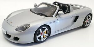 Autoart 1/18 Scale Model Car 78046 - Porsche Carrera GT - Silver