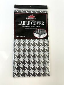 3-pack Gameday Collection Table Cover 54x108 Houndstooth Black White Plastic