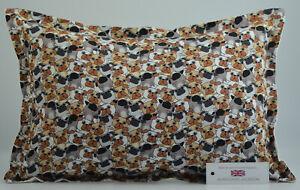 "Handmade Cartoon Pugs Cushion Rectangle Inc Pad 14"" x 20"" (36cm x 51cm)"