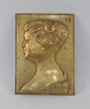 8438003 Reliefplatte Jugendstil-Dame um 1900 Messing