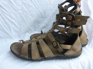 Sandales tongs KICKERS PEPITA spartiates t 39 en cuir kaki