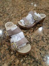 Dansko Beige Leather Double Strap Buckle Wedge Womens Comfort Sandal Size 40 10