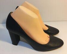 Size 10 / EUR 41 / UK 8 / US 10 Women's Black Chunky Block Heel Shoes