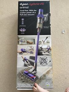 DYSON Cyclone V10 Animal Cordless Vacuum Cleaner 29.4 V Purple RRP £400