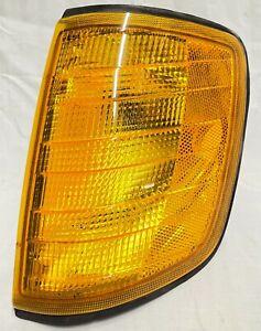 1986-1993 OEM Mercedes Benz W124 300 E CE TE Left Corner Turn Signal Lamp Light